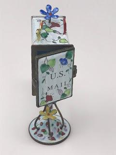 porcelain mailbox